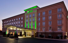 Lodging-Holiday-Inn-West